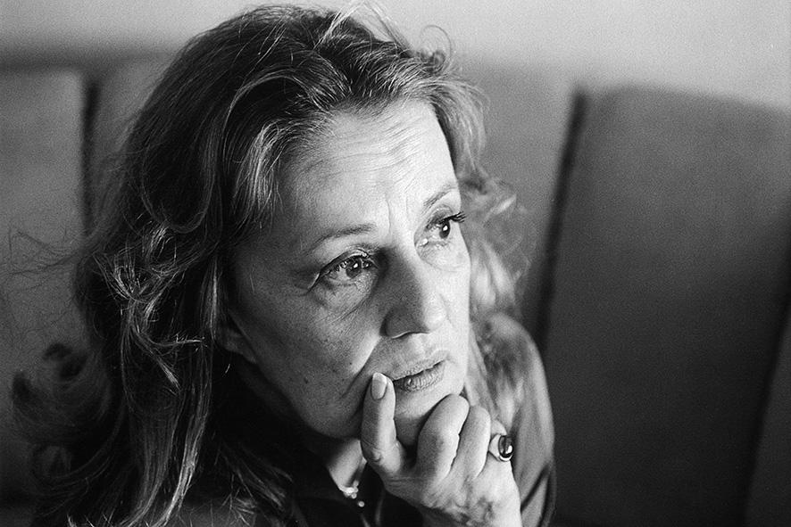 1 Jeanne Moreau_serieFrance_NY1983